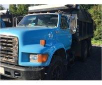 Camion de volteo ford f800