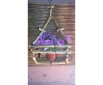 Maceteros artesales de caña