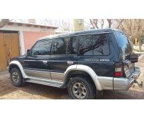 Vendo Camioneta Mitsubishi Montero