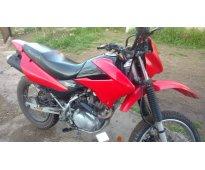 vendo o permuto moto Honda xr 150