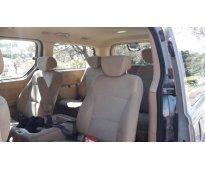 Van H1 Hyundai 2.5  Diesel 12 pasajeros, full premium 2011 Parana entre rios