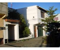 Se alquila amplia casa en centro de la ciudad de Río grande