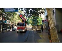 Cartel dueño vende en Lomas