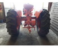 Vendo Tractor Someca 50 con toma de fuerza y polea de mando