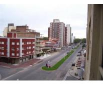 Miramar 2020 Càlido departamento con vista a la Avda. Boulevard Mitre y al mar.