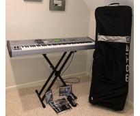 Yamaha motif es8 electronic keyboard