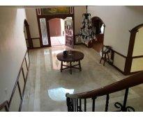 Elegante casa en Lomas de Virreyes Cd. de Méx.