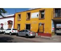 AMPLIA OFICINA EN QUERETARO..... PARA 3 A 4 PERSONAS...