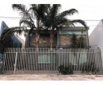 RENTA DE OFICINAS EN MITRAS CENTRO CON RECEPCIONISTA