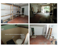 AGRADABLE LOCAL EN ARRENDAMIENTO - LAURELES COD /*-//**-  : 9964