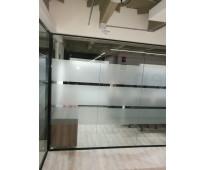 Fabricacion de divisiones en vidrio con pelicula