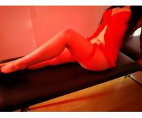sofia te espera hoy con un rico masaje en alfombra,....y un regalo de sorpresa