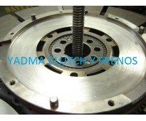 Reconstrucción de clutch, servicio de frenos, mecánica general