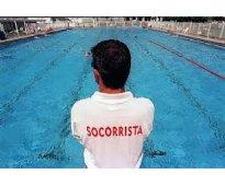 Se precisan socorristas acuaticos