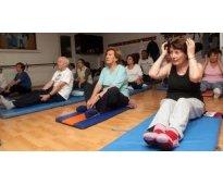 Se necesitan monitores de todo tipo de actividades como karate,taichi,yoga, pila...