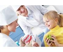 Se buscan auxiliares-administrativos-recepcionistas para clinica dental