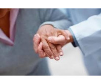 Se busca auxiliares de ayuda a domicilio o atencion sociosanitaria