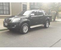 Toyota hilux 3.0 srv año 2014