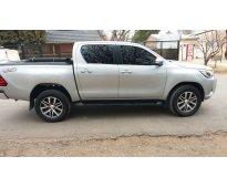 Toyota hilux 2.8 srv
