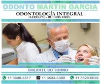 Dentista odontólogo implantes dentales prótesis odontopediatría ortodoncia