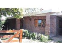 Alquilo casa en parque siquiman c paz en forma permanente o temporal c 0351 1580...