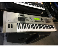 Yamaha motif xf8 keyboard synthesizer