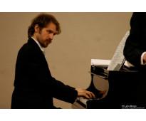 Clases de piano en colegiales. todos los niveles y edades. clásico y popular