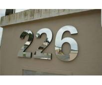 Números metálicos para casas y edificios