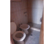 Alquilo dpto interno 2 dormitorios, servicios, patio, b° aatra, rodeo guaymallén