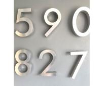 Números en acero inoxidable para fachadas en av. espora
