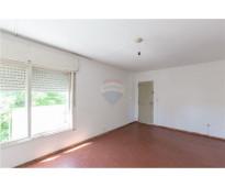 Remax boulevard vende hermoso departamento de 2 dormitorios con patio . no paga