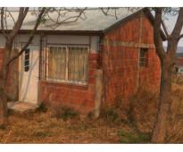 Se vende casa prefabricada en la ciudad de tanti con lote esquina de 800mts