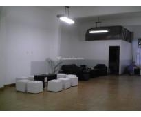 Vendo    casa desarrollada en planta alta cuidad de la  plata  opción local en p...