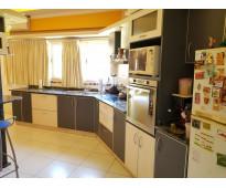 Muy linda casa en venta en villa carlos paz, barrio villa del lago, amplia, con