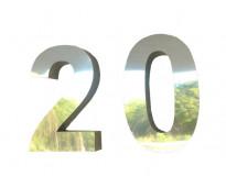 letras y numeros de acero en AV. 9 DE JULIO