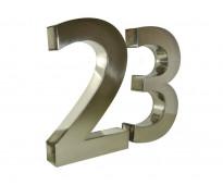 Numeración en acero espejado