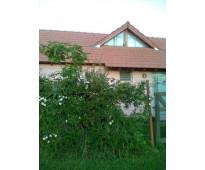 Dueño vende exelente complejo de 4 bungalow