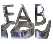 Nombres en acero para fabricas de ropa