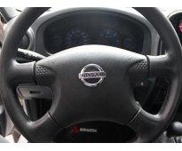 Nissan np300 2014