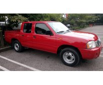 Nissan np300 doble cabina 2011