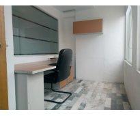 Práctica y bonita oficina zona plaza del sol.