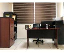 Sala de juntas + oficinas equipadas en renta
