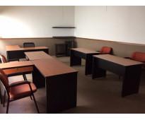 Oficina espaciosa, amueblada a solo $11000