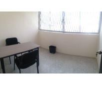 Oficinas para una persona, amueblada y con servicios!