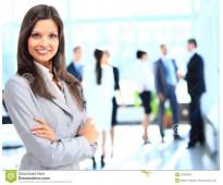 Empresa contrata personal para auxiliar administrativo