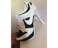 Zapatos tipo deportivos