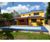 En merida casa en venta con 1334m2 de terreno en cholul