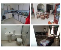 Amplio apartamento en arrendamiento - los colores cod: 9718