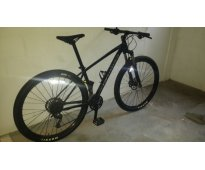 Vendo a buen precio bicicleta de montaña nueva specialized