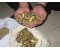 Vendedores de oro en polvo, barras de oro y diamantes
